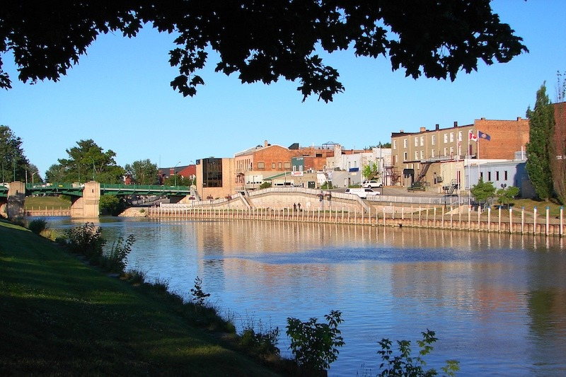 Chatham - downtown -overlooking Thames river