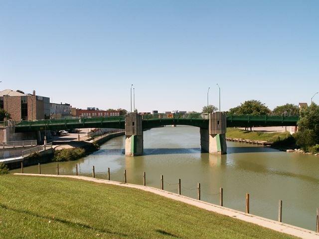Chatham - bridge over the Thames River