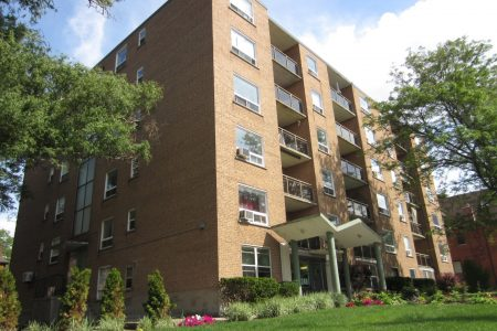 Caroline Apartments (Hamilton, ON)